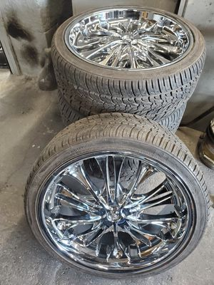 """22"""" chrome rims for Sale in Brooklyn, NY"""