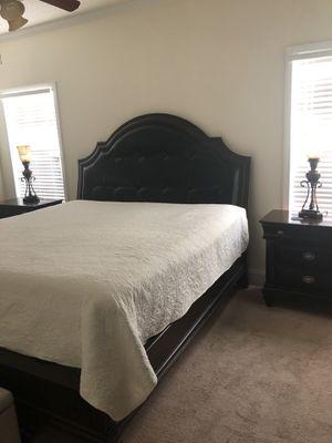 Gorgeous Bedroom Set for Sale in Kathleen, GA