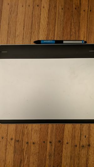 Intuos Drawing Tablet cth-680 for Sale in San Mateo, CA