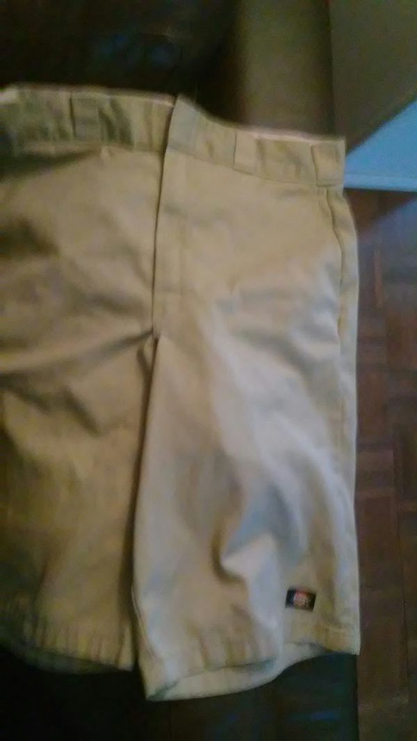 Dickies shorts size 31 brand new