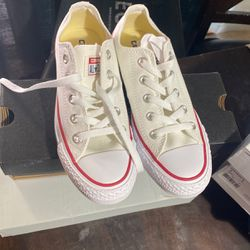size 4 Mens, 6 Womans white Converse for Sale in Las Vegas,  NV