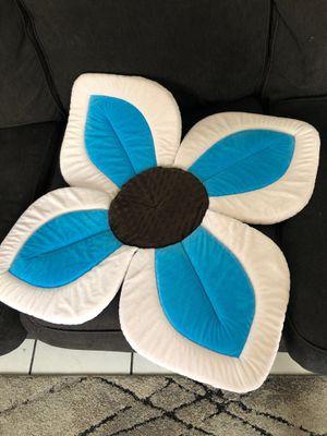 Blooming flower bath for Sale in El Paso, TX