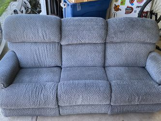 2 Couches for Sale in San Lorenzo,  CA