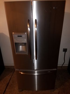 Stainless steel kitchen appliances French door refrigerator stove microwave and dishwasher complete for Sale in Phoenix, AZ