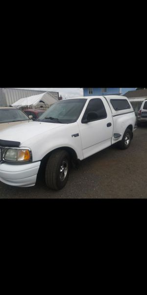 Clean 03 ford f150 for Sale in Woodland, WA
