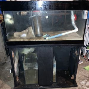 40 Gallon Tank With Sump And Stand. Stand Is No Good for Sale in Stockton, CA