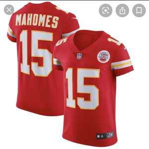 Kansas City Chiefs Mahomes Jersey And Masks for Sale in Laredo, TX