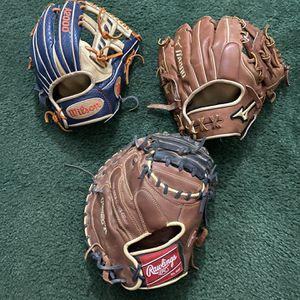 Baseball Gloves for Sale in Baytown, TX