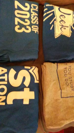 4 Ky.T shirts lg. Ky.week /career love what you study/ class of 2023 first generation University of Kentucky for Sale in Lexington, KY