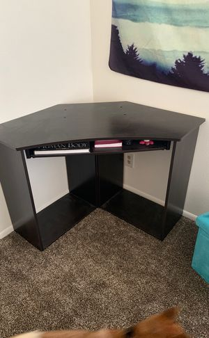 Pretty much brand new corner desk for Sale in South Ogden, UT