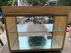 Large Display Case for Sale in Salinas, CA
