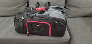 Six pack fitness beast duffle bag for Sale in Ruskin, FL