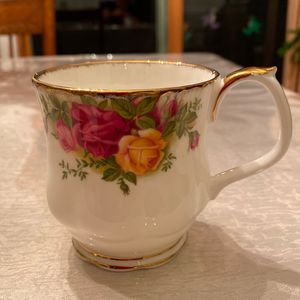 Royal Albert Bone China Mug, Old Country Roses Pattern for Sale in Rockville, MD