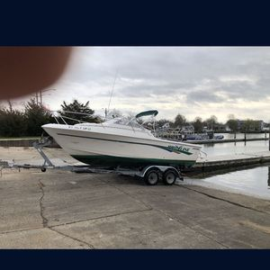 20ft Pro Line With Trailer for Sale in Wantagh, NY