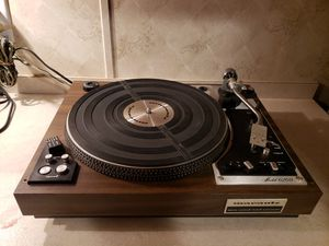 Vintage 1976 Marantz Turntable 6200 for Sale in Needville, TX