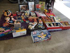Wonder Woman Collectibles for Sale in Menifee, CA