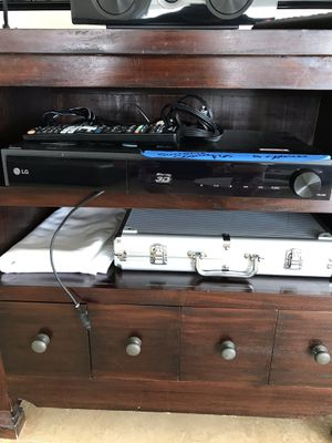 LG Surround sound system , 4 speakers , one subwoofer for Sale in Miami, FL