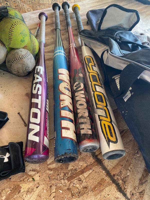 Complete softball set up