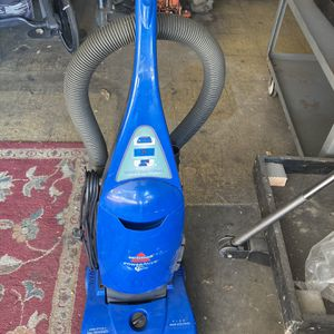 Bissell Powerforce Vacuum for Sale in Huntington Beach, CA