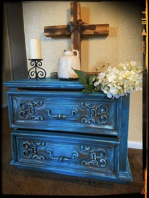 Gorgeous Teal End table for Sale in Corpus Christi, TX