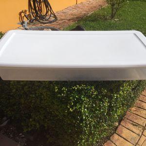 Sterlite Storage Container White and Blue $12 for Sale in Miami, FL