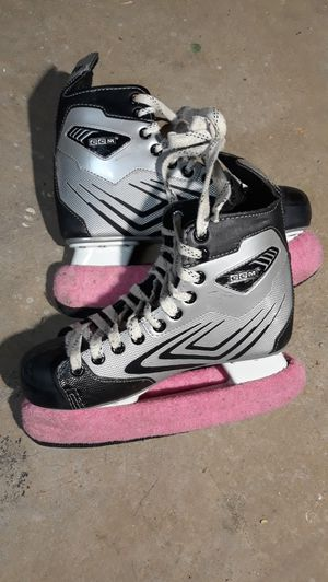 Hockey skates, size 7, $30 for Sale in Harmony Grove, WV