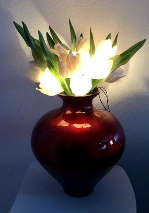 GORGEOUS RED ART GLASS FLOWER VASE 🌷🌷🌷 for Sale in Tempe, AZ