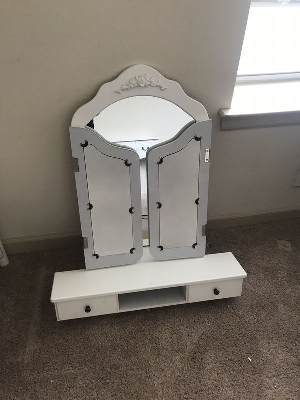 trifold mirror vanity with makeup desk