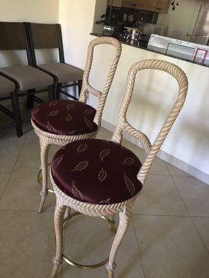 "Bar stool chairs 2 -30"" high real wood for Sale in Pompano Beach, FL"