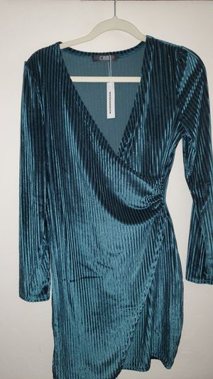 Velvet Green Dress for Sale in Visalia, CA