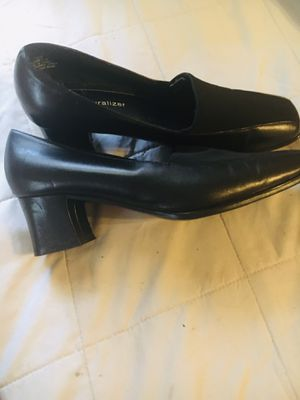Naturalized dress heels for Sale in Eureka, MO