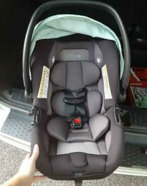 Safety 1st infant car seat for Sale in Lafayette, IN