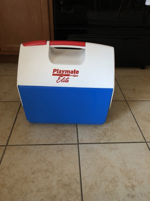 Cooler for Sale in Leominster, MA