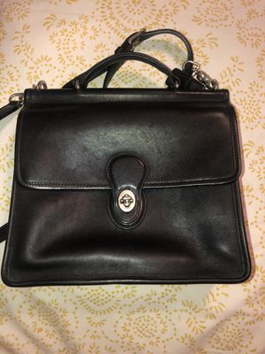 COACH MINT Vintage Black Leather Willis Turnlock Flap Messenger Crossbody #9927 for Sale in Long Beach, CA