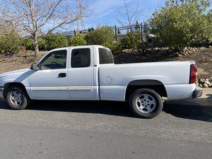 2004 chevy silverado for Sale in Folsom, CA