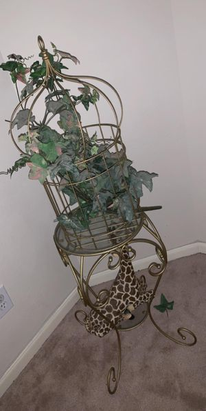 Home interior bird cage w/stand for Sale in Houston, TX