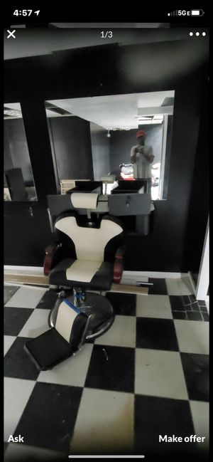 Barber chair, retail shelves, mirror's 4x4. Moving out of town and I need to get rid of them. for Sale in Crockett, CA
