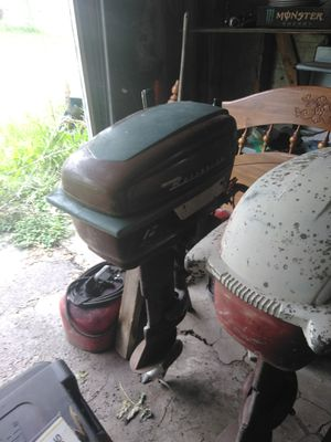 1958 buccaneer 12hp outboard motor with electric start for Sale in Cornell, IL