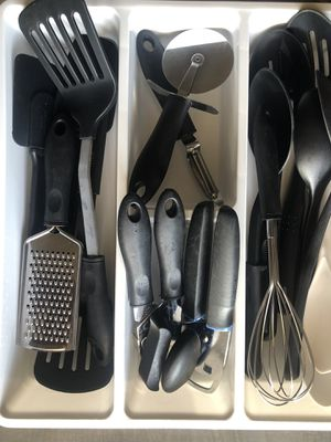 Various Kitchen / Cooking - Pots Pans Bowls Plates Cutlery for Sale in Chandler, AZ