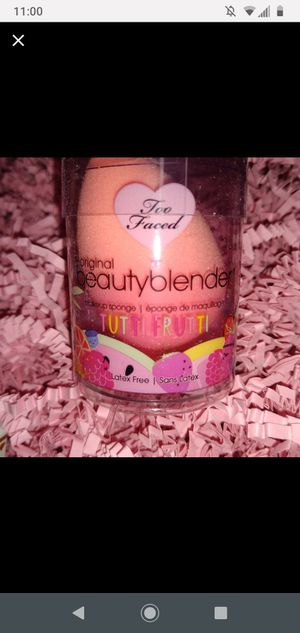 Too Faced limited edition beauty blender for Sale in Sacramento, CA