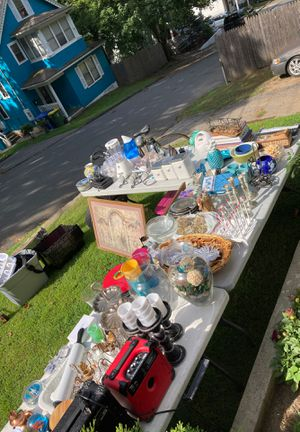 TAG SALE for Sale in Waterbury, CT