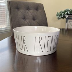 Rae Dunn Large Dog Bowl for Sale in Reedley,  CA