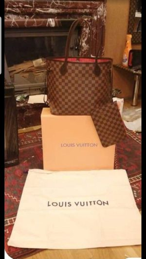 Louis Vuitton purse for Sale in St. Louis, MO