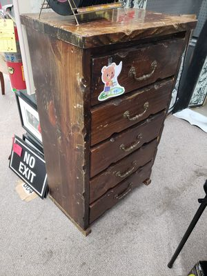 🤩🤩 VINTAGE CHEST 9 X 28 X 48 OF DRAWERS 🤩 YES AM AVAILABLE TODAY for Sale in Snellville, GA