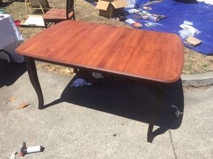 Table and four chairs in great shape for Sale in Berkeley, CA