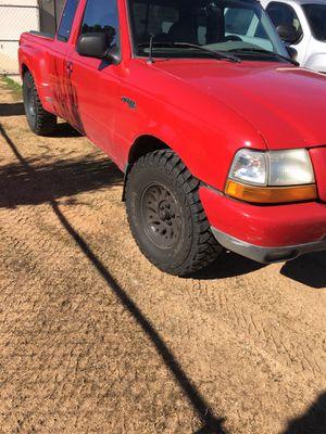1999 ford ranger 3.0V6 for Sale in Apple Valley, CA