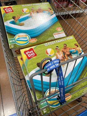 10 foot pool - play day inflatable family pool for Sale in Bloomfield Hills, MI
