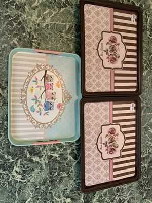 3 plastic trays for Sale in Morgantown, WV