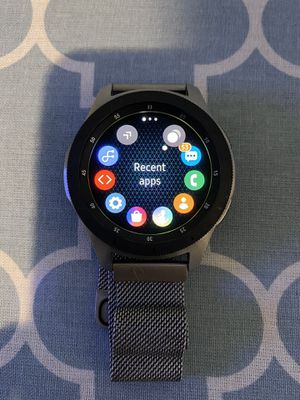 Galaxy Watch Bluetooth + LTE used great condition extra bands for Sale in San Antonio, TX