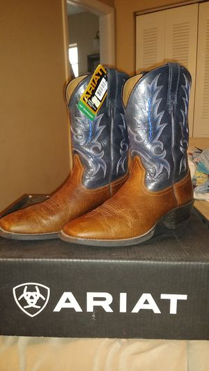 Almost brand new Ariat Boots for Sale in Land O Lakes, FL